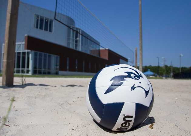 UNF's beach volleyball team currently uses a sand volleyball court at UNF to practice.  Photo by Morgan Purvis