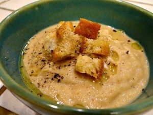 Luxurious Four-Ingredient Browned Cauliflower Soup