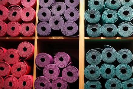 https ungestealafois co 2015 01 yoga un tapis propre propre