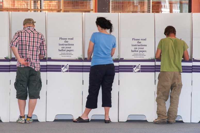 alice-springs-voters.jpg
