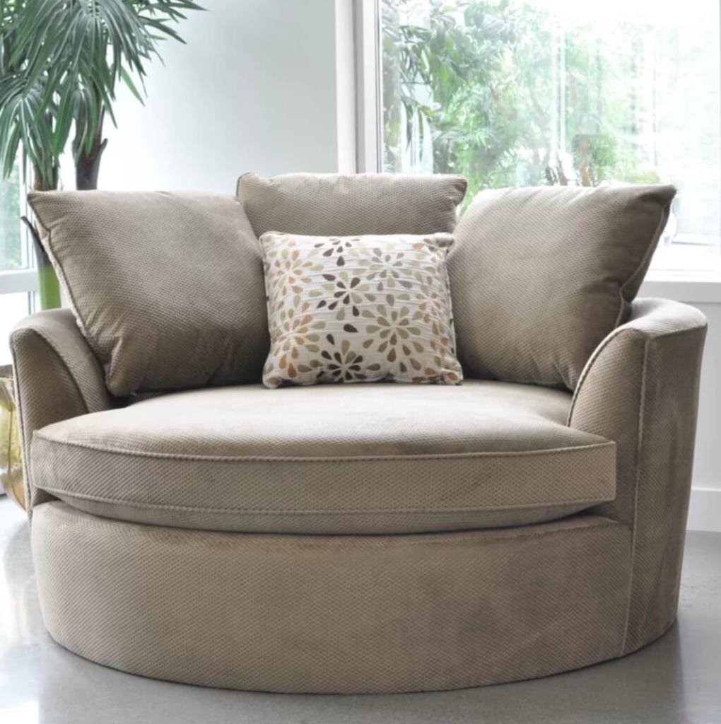 Jossandmain round chair