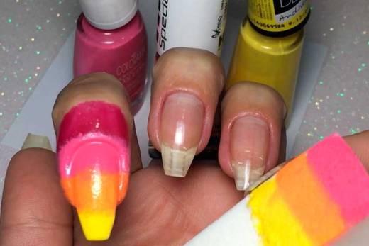 Como Fazer Degradê nas Unhas (Ombre Nails)