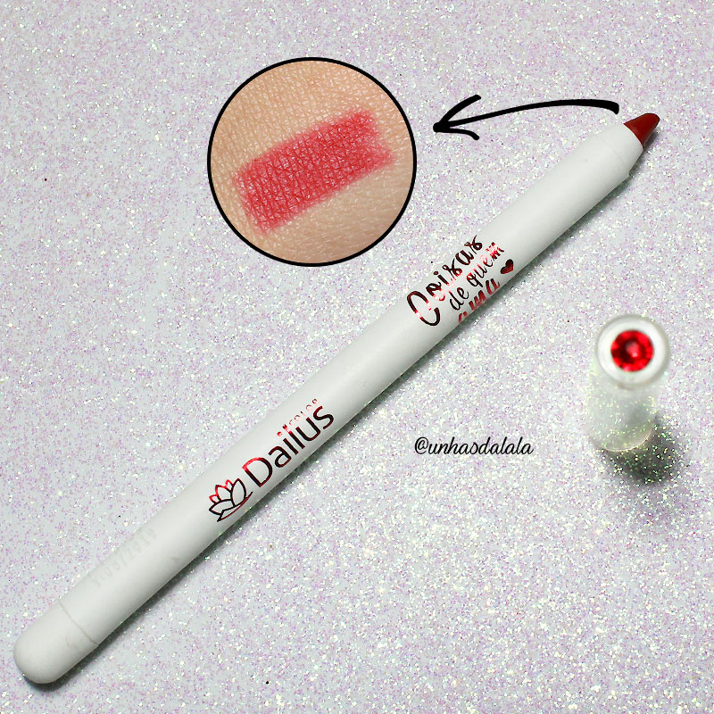 dailus coisas de quem ama, dailus, desafio dailus, coisas de quem ama, #dailuscomcristais, maquiagem, make, makeup, lápis para lábios, lápis para lábios dailus, vermelho