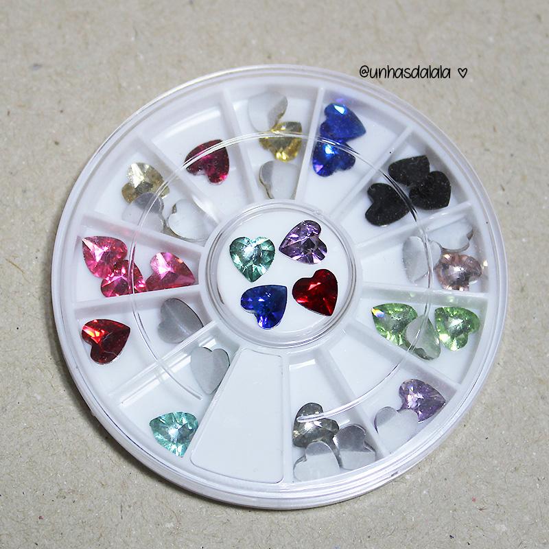 recebidos newchic. newchic, recebidos, pedrinhas coração, pedraria para unhas, joias de unha, pedrinha coração