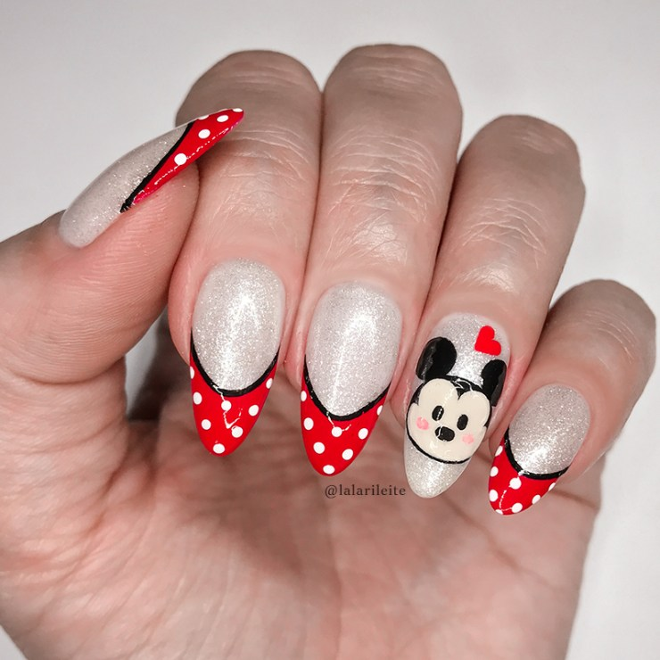 unhas mickey, unhas francesinha, unhas mickey mouse, mickey nails, french nails, mickey mouse nails, larissa leite, larissa leite unhas, unhas da lala