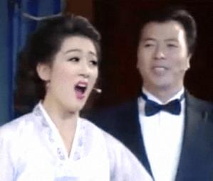 Pak Kum-hui 박금희 & Mun Myong-sam 문명삼