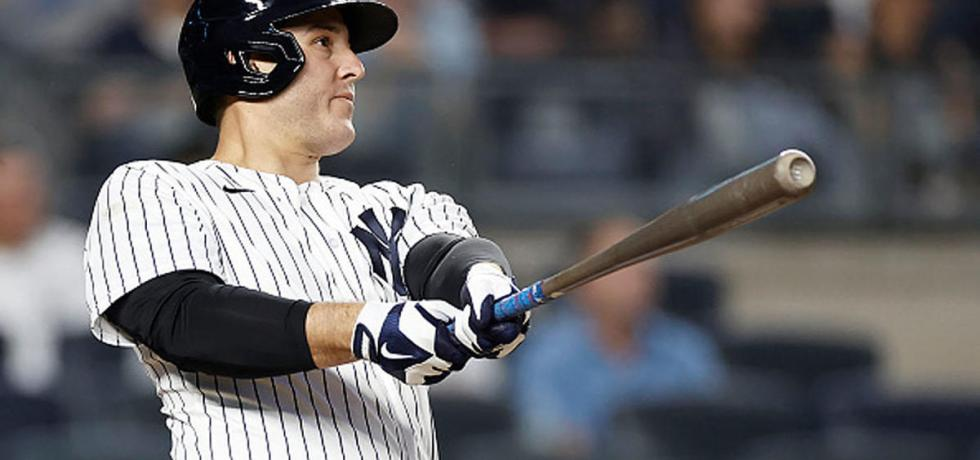 Should the Yankees re-sign Anthony Rizzo?