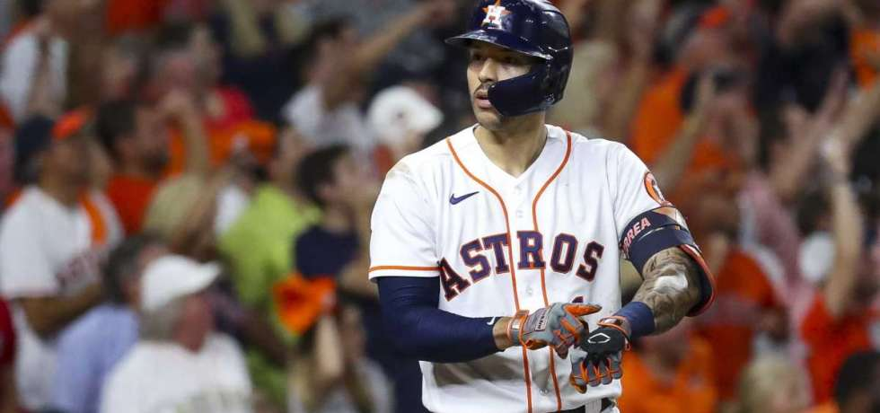Should the Yankees target Carlos Correa this offseason?
