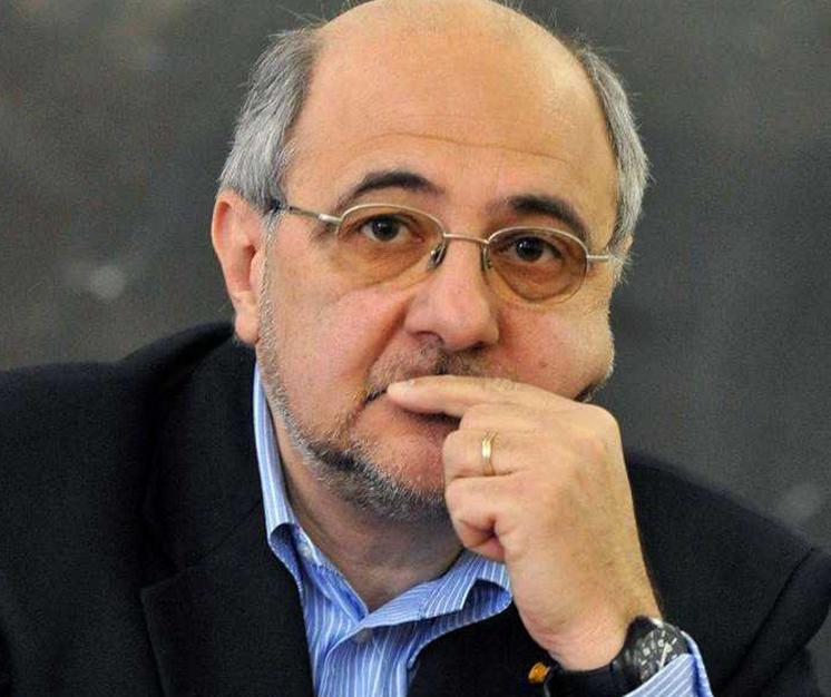 Prof. Vlad Nistor