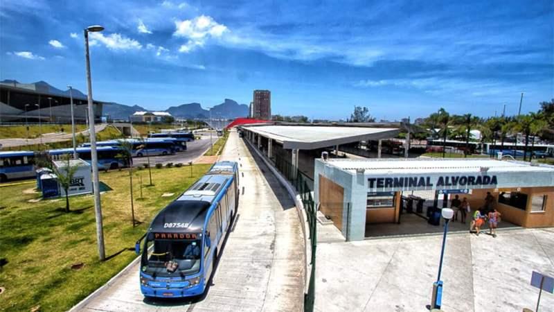 RJ: Prefeitura do Rio publica decreto para liberar viagem de passageiros em pé em ônibus e BRT