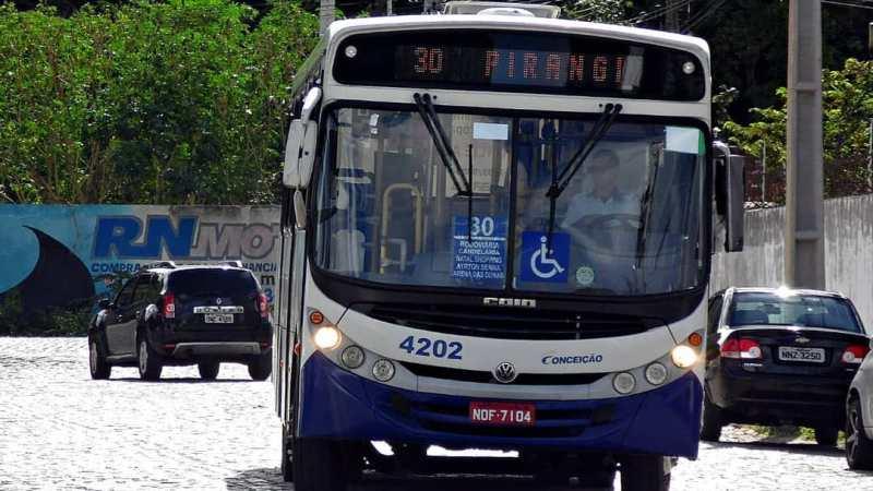 Prefeito de Natal e Governadora do RN prometeram reduzir imposto dos ônibus, mas só Estado cumpriu até agora