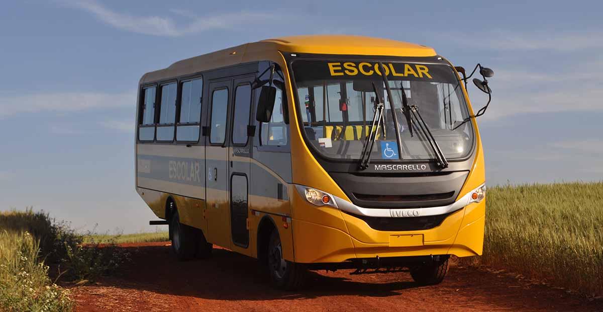 Iveco inicia entrega de 1,2 mil ônibus ao Caminho da Escola