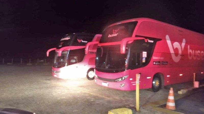 Mais dois ônibus da Buser são apreendido pela ANTT nesta segunda-feira 12