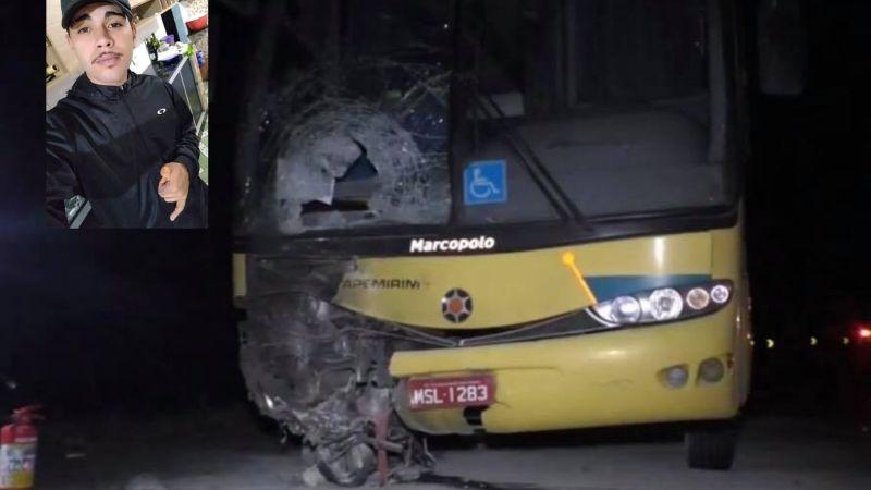 Moto bate de frente com ônibus da Viação Itapemirim que saiu de Campina Grande, pega fogo e piloto morre