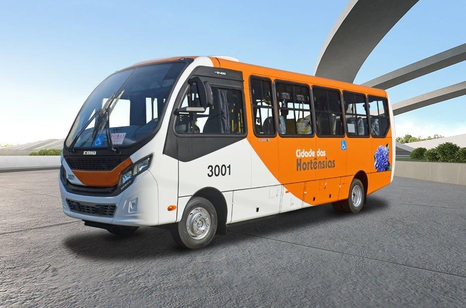 RJ: Caio entrega dois micro-ônibus na versão urbana com new face para Petrópolis