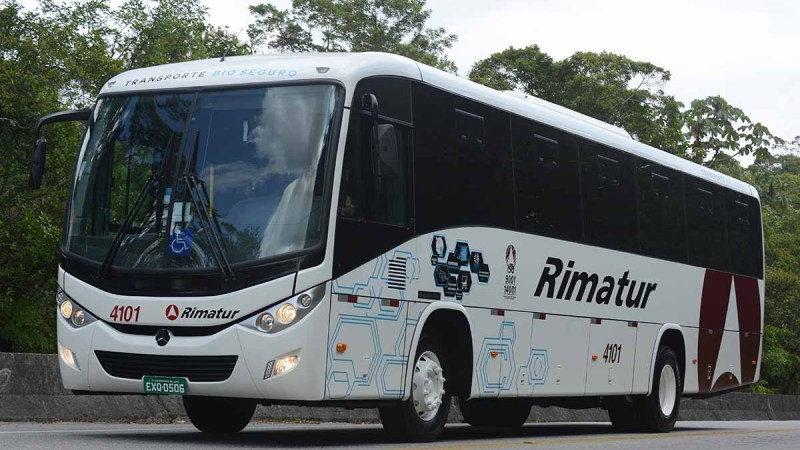 Mercedes-Benz lança primeiro chassi dedicado a ônibus de fretamento
