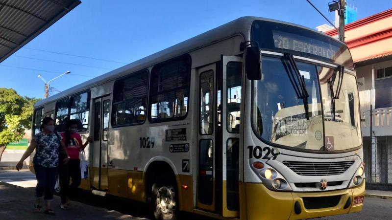 Empresas de ônibus de Natal realizam campanha para combater crime de importunação sexual nos transportes