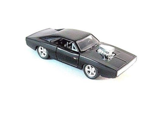 Fast /& Furious NEU!° Jada 253205000 Dom/'s Dodge Charger R//T schwarz mit Figur