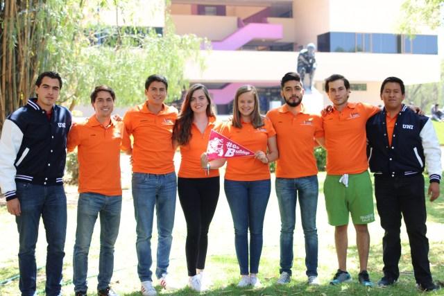 Alumnos de Ingeniería concursan en Nevada con vehículo de tracción humana.