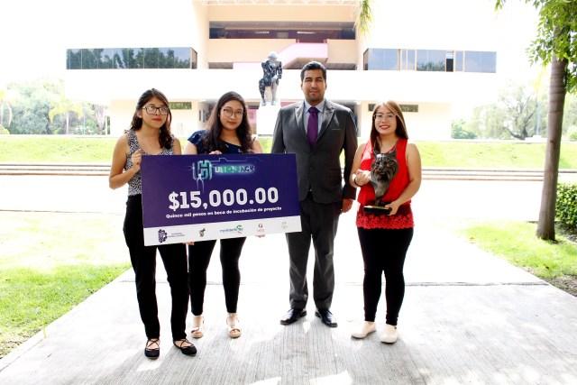 Alumnas Uni ganadoras de LinceHack 2018.