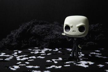 background-black-black-and-white-619419.jpg