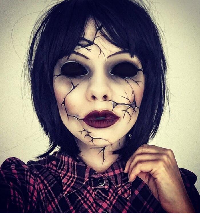 Eyeless broken doll makeup