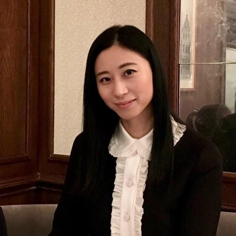 三浦瑠麗の画像