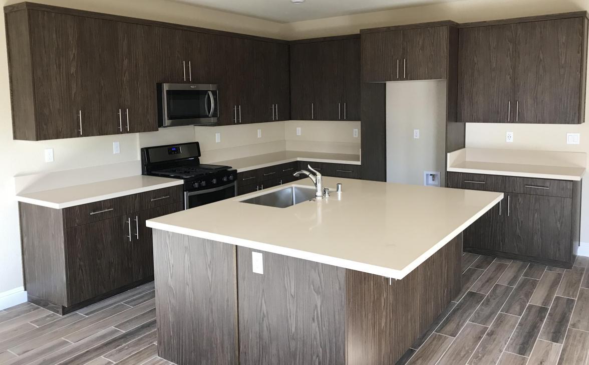Kitchen -Gray /Brown
