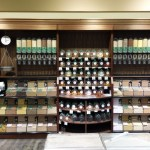 Universal Custom Display UCD Displaying Wall Bulk Food In Clear Case Displays In Supermarket Grocery Store