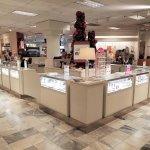 Universal Custom Display UCD Retail Showing Jewelry In Beautiful Glass Displays