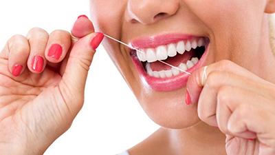 Consecuencias de no cepillarte bien los dientes
