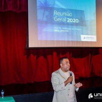 Reitor do UNIFATEA realiza reunião geral 2020 com corpo docente