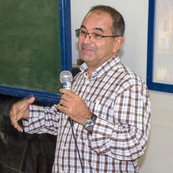 UNIFATEA sedia palestra de Design com professor de Portugal