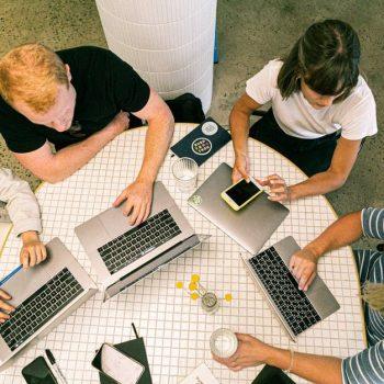 As startups como forma de inovação no meio acadêmico