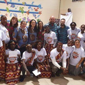 Demonstração de carinho no encerramento dos cursos em Luena, na Angola