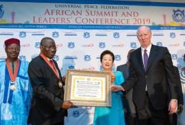 「アフリカ頂上会議および指導者カンファレンス2019」記念写真|世界平和統一家庭連合News Online