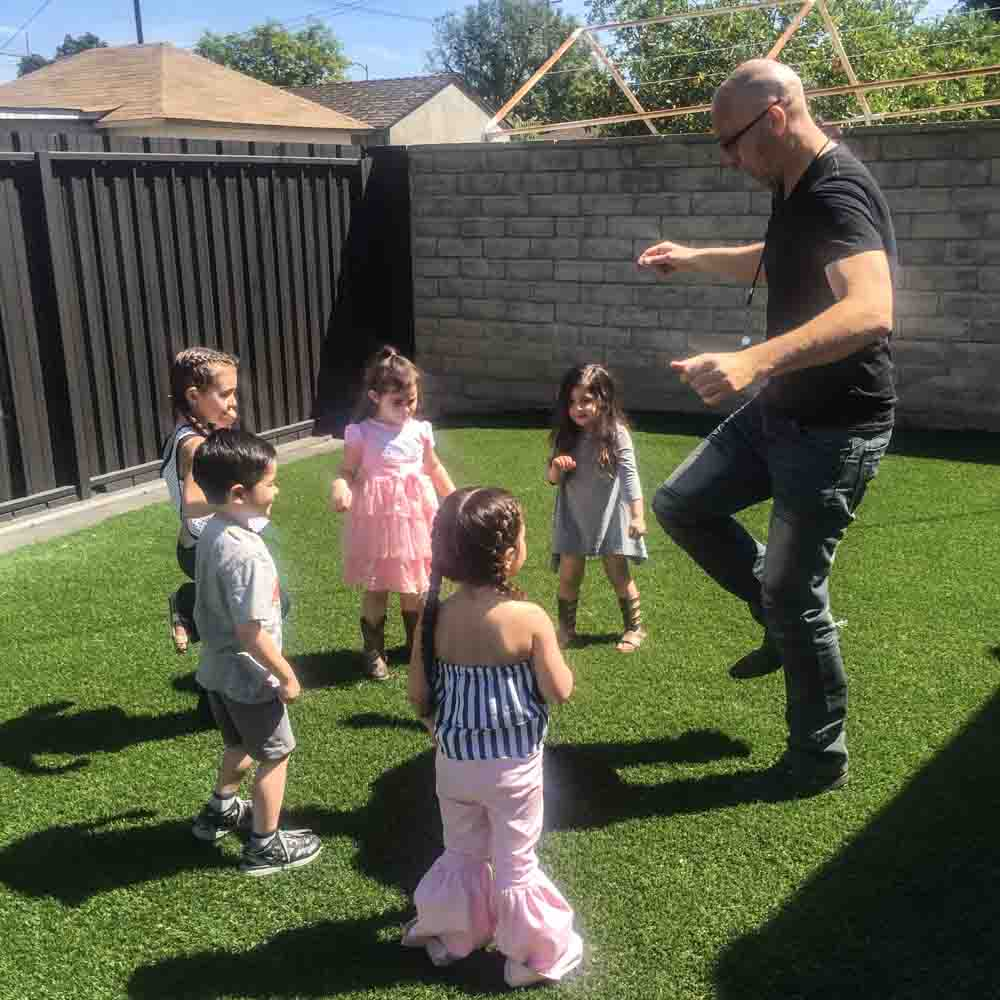 Mr.B-Birthday-Party-Kids-Entertainment