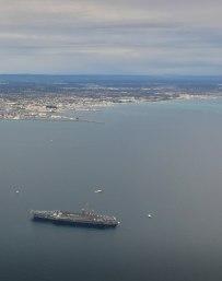 aircraft-carrier-uss-carl-vinson-visits-perth-university-flying-club-flight