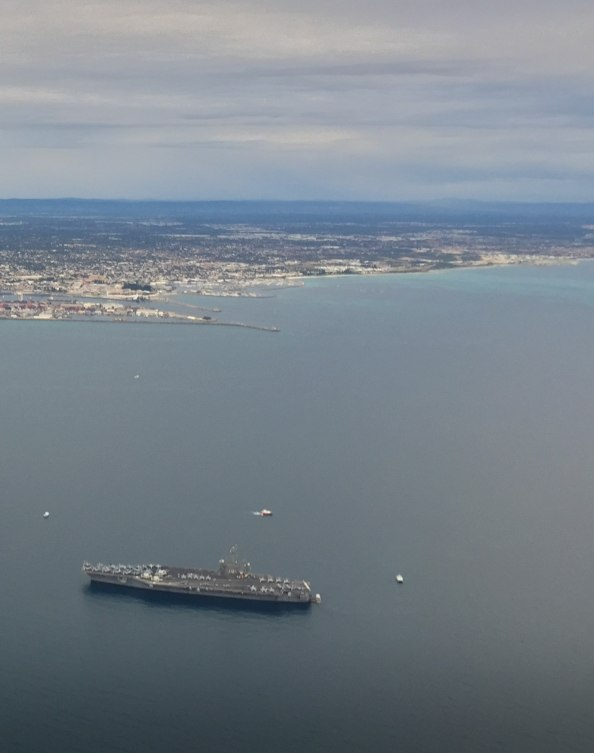 aircraft-carrier-uss-carl-vinson-visits-perth-university-flying-club-flight