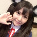 竹達彩奈 cosplay 自己的代表作《K-ON!輕音部》中野梓