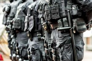 police-uniform-paramilitary-tactical