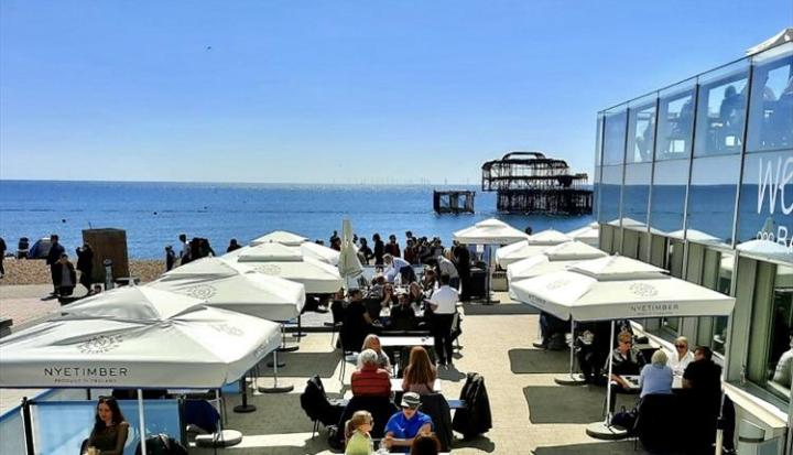 West Beach brighton outdoor restaurant