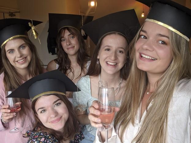 DIY graduation caps