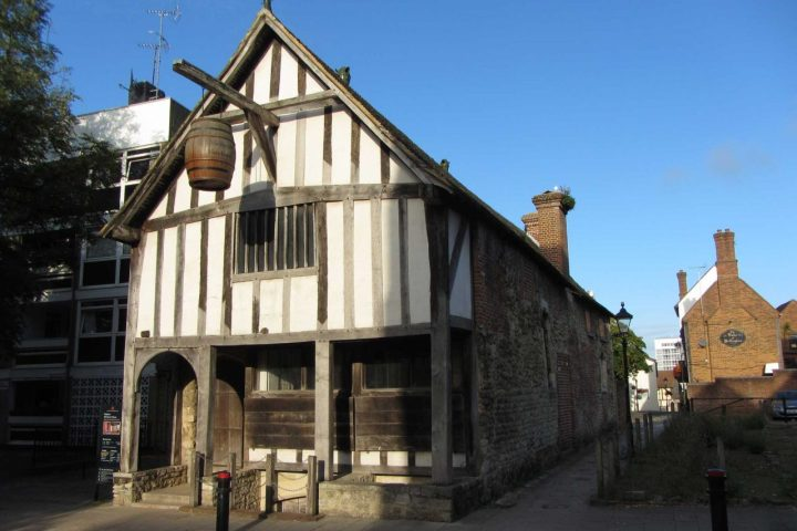 the medieval merchants house