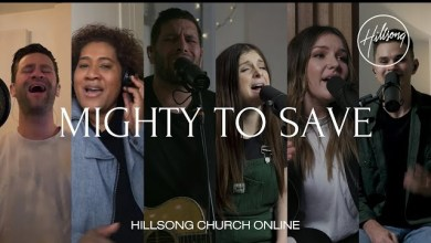 Mighty To Save by Hillsong United