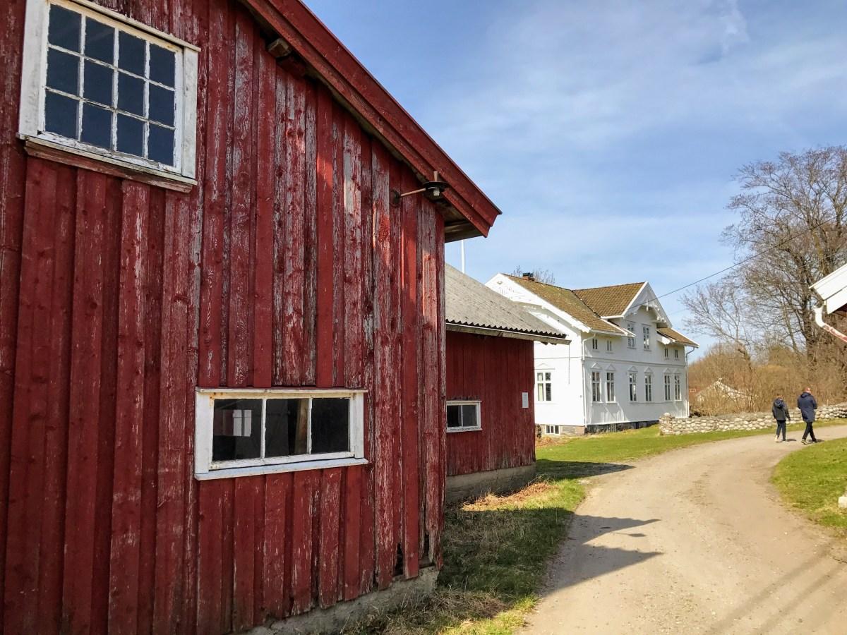 Hovedgården på Jomfruland, Telemark, Norway. Foto: Cecilie Moestue/unikesteder.no