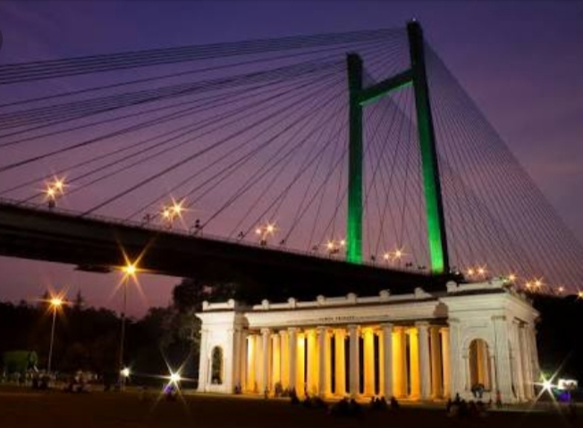 op 20 Tourist Places in Kolkata : PRINCEP GHAT