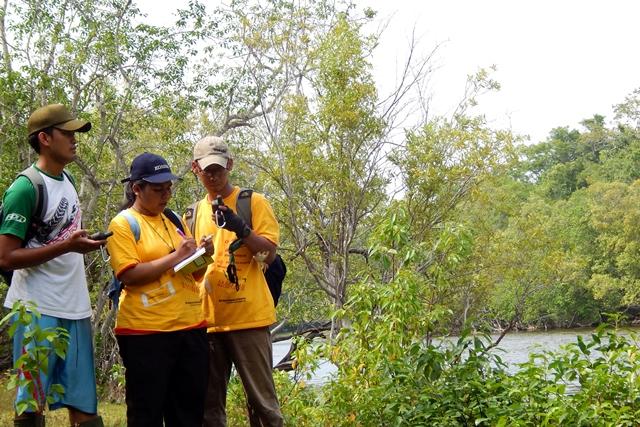 Pengambilan data di Pulau Ndana