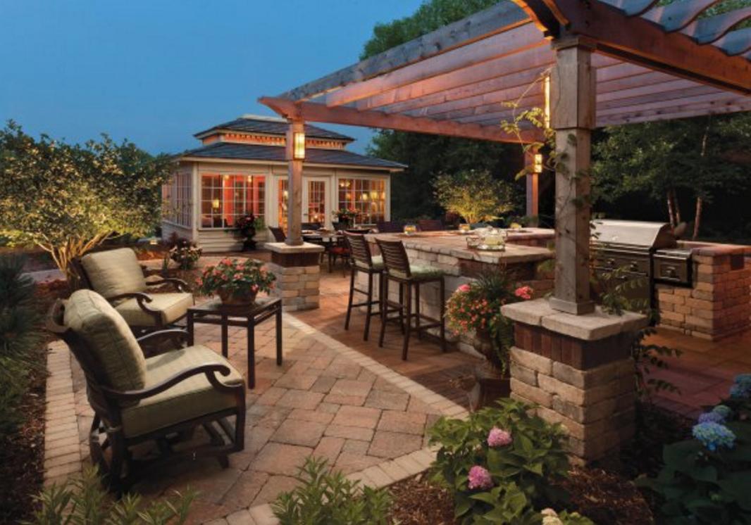 10 Outdoor Kitchen designs sure to Inspire on Backyard Exterior Design id=64302