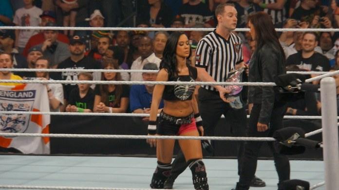 betting on womens wrestling